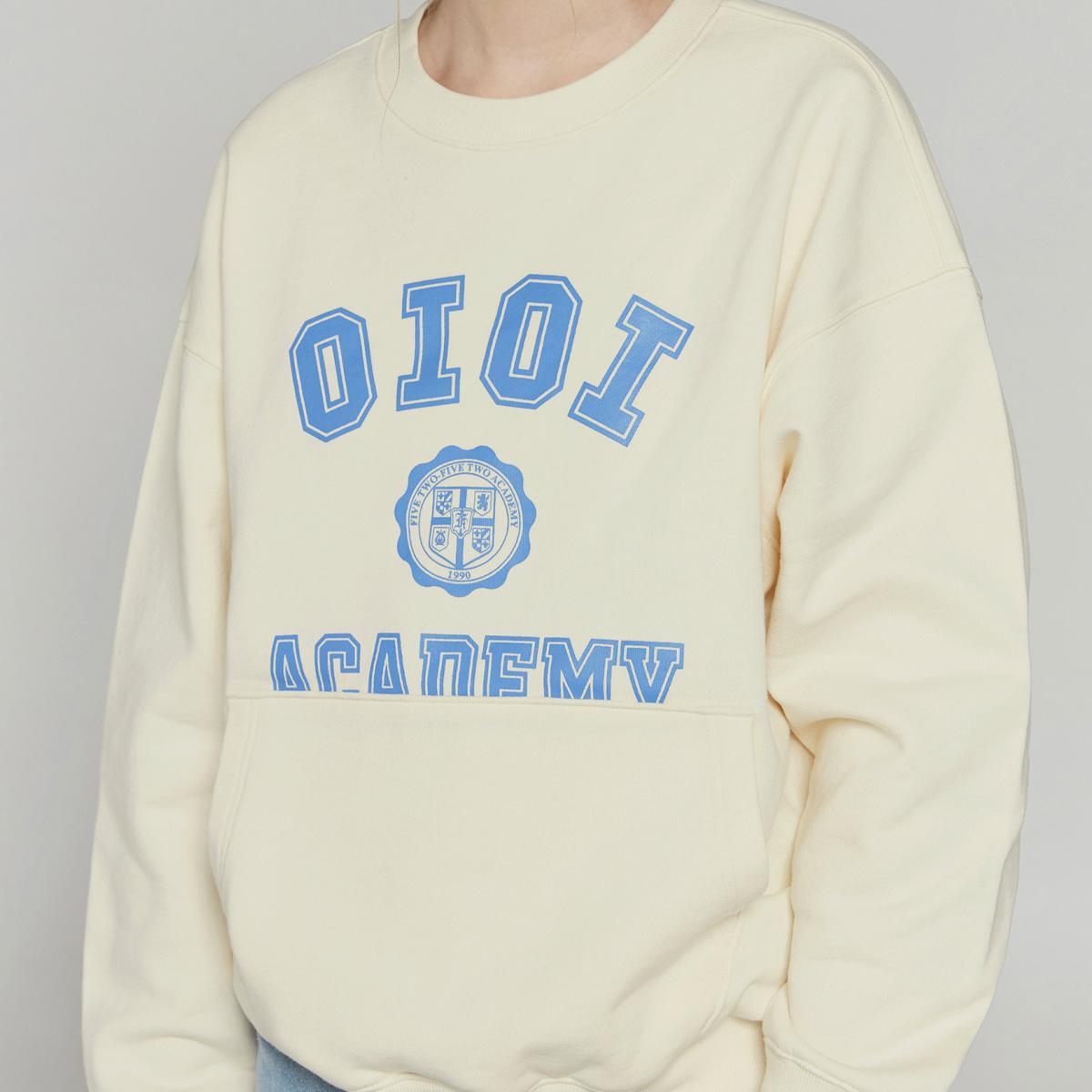 美式字母口袋大學T(奶油色)